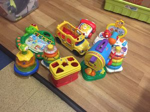 Fisher price and VTECh and leapfrog baby toddler set lot for Sale in San Diego, CA