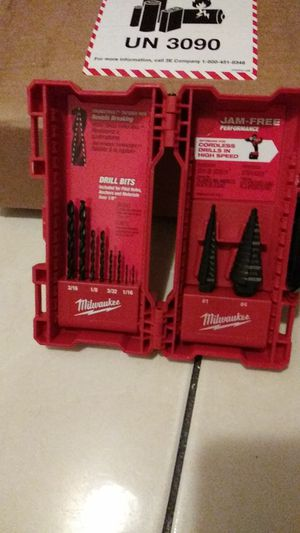 Milwaukee. Resisten breaking drill bits. Price firm for Sale in Colton, CA
