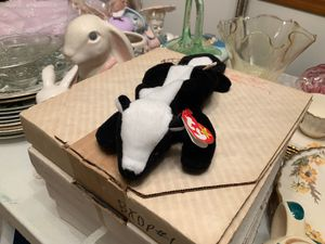 RARE TY BEANIE BABY '' STINKY THE SKUNK 1995 PVC PELLETS. COLLECTIBLE for Sale in Wood Village, OR