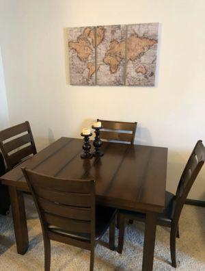 Dining Room Table for Sale in Alvarado, TX