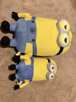 LOT Giant Toy Dog Plush Sheepdog AND 2 plush Minions! for Sale in Las Vegas, NV