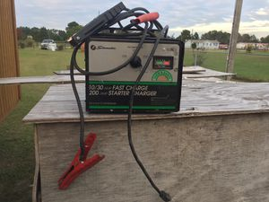 200 amp battery charger for Sale in Saint Pauls, NC