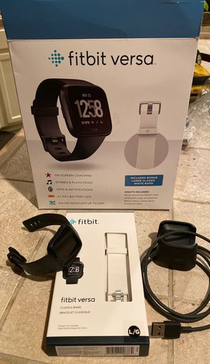 Fitbit versa for Sale in Atwater, CA