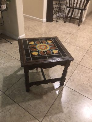 Chair and coffee table for Sale in Tracy, CA