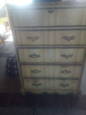 Vintage dresser for Sale in Selma, CA