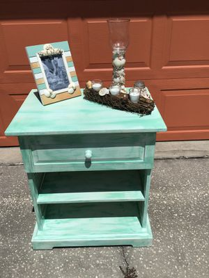 Pale aqua green shabby chic side table/cabinet/accent table/nightstand for Sale in Brandon, FL