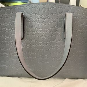 Silver/Mist Coach Purse (Charlie Carryall In My signature Leather) for Sale in Midway City, CA