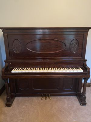 Everett Upright Piano for Sale in Newport, MI