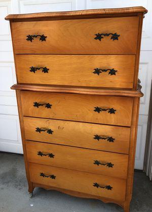 Vintage Antique Lullaby Furniture Light Warm Oak 6-Drawer Dresser for Sale in Fontana, CA