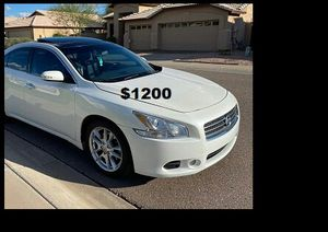 $1200 Nissan Maxima for Sale in Richmond, VA