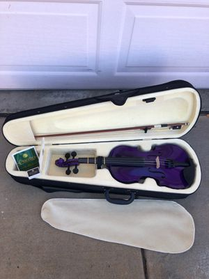 Violin: Purple with case and accessories for Sale in Las Vegas, NV