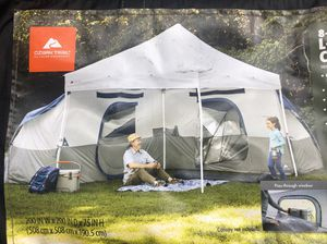 """8 person- 2 room""""great condition"""" tent """"for a 10x10 canopy""""-canopy not included for Sale in Lynwood, CA"""