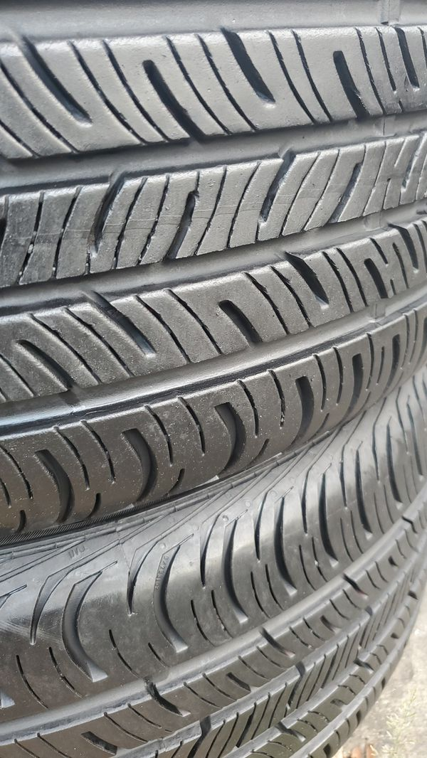 TWO VERY NICE CONTINENTAL TIRES FOR SALE 235/40/18.