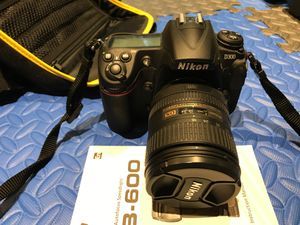 Nikon D300 Camera SLR with SB-600 flash + more! for Sale in Redmond, WA