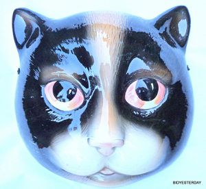 Ceramic hand painted cat kitten face wall mask for Sale in Saginaw, MI