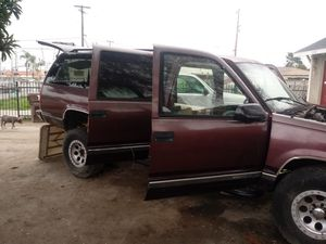 Parting out my GMC 1997 for Sale in CRYSTAL CITY, CA