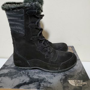 North Face Womens Winter Boots Size 8 New for Sale in Philadelphia, PA
