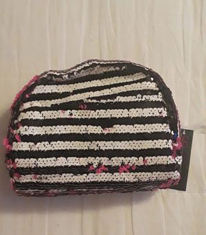 Comestic bag Pouch No Boundaries for Sale in Kissimmee, FL