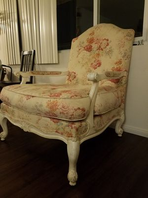 Antique chair (floral throne) for Sale in San Diego, CA