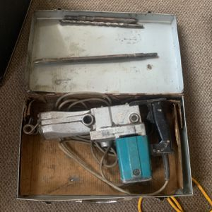 Makita Rotary Hammer for Sale in Kearny, NJ