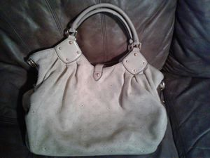Louis vuitton bag for Sale in Hockley, TX