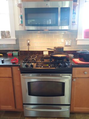 GE and Kitchenaid Appliance suite for Sale in Arlington, VA