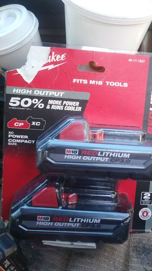 Millwuakee high outputs power compact cp3.0 fits M18 tools for Sale in Manteca, CA
