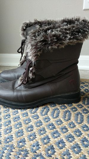 Women's Totes Winter Boots size 7 for Sale in Westerville, OH
