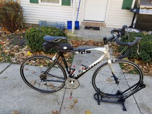 Road bike carbón for Sale in Delaware, OH