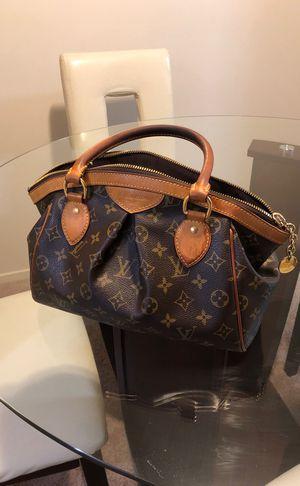 Authentic Louis Vuitton handbag excellent condition for Sale in Detroit, MI