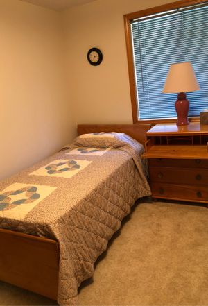 Twin beds & dresser/desk for Sale in Battle Ground, WA