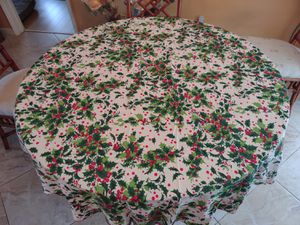 Christmas Tablecloth - 48-inch Round for Sale in Pompano Beach, FL