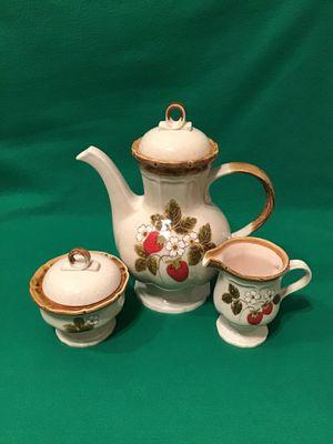 Mikasa Strawberry Festival Teapot Set for Sale in Richmond, VA