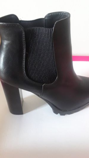 Black leather boots for Sale in Portland, OR