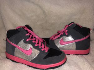 Nike shoes for Sale in Victorville, CA