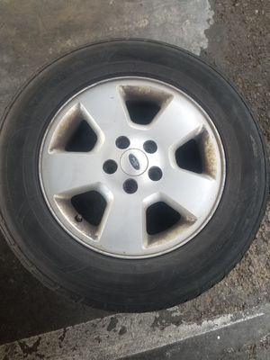 """16"""" Ford tire and spare tire for Sale in Santa Ana, CA"""