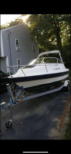 20ft bayliner for Sale in Fall River,  MA