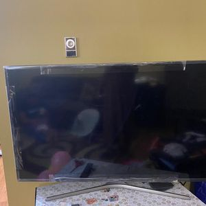 Samsung 55 Inch Tv For Sale for Sale in Redmond, WA