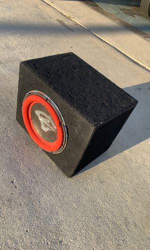 10 inch sub woofer enclosed box for Sale in Pomona, CA