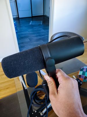 Shure SM7B Microphone Brand NEW comes w/ High Quality Boom Arm for Sale in Riverside, CA