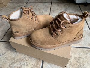 UGG for Sale in Warren, MI