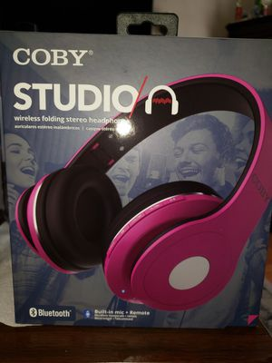 STUDIO A WIRELESS HEADSETS BY COBY for Sale in Los Angeles, CA