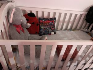 Baby crib for Sale in Frederick, MD