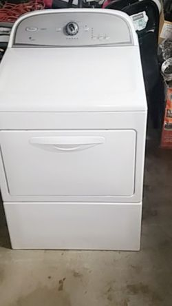 Whirlpool gas Dryer GREAT CONDITION for Sale in Fontana,  CA