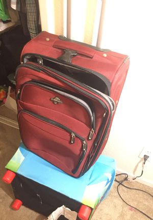 Travel bag suitcase for Sale in Clovis, CA