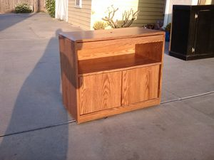 TV or microwave stand for Sale in RANCHO SUEY, CA