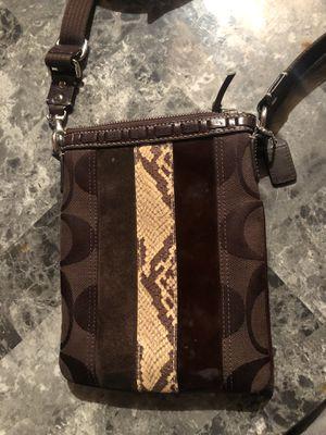 COACH Shoulder bag for Sale in Wilsonville, OR