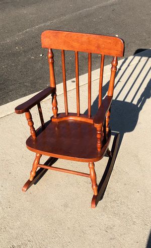 ROCKING CHAIR FOR KIDS for Sale in Los Angeles, CA