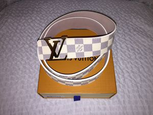 Louis Vuitton Azur Damier Belt 90cm 30-32 Inch Waist for Sale in Washington, DC