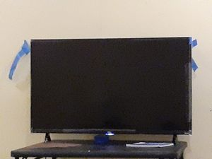 50 inch roku tv for Sale in Pittsburgh, PA